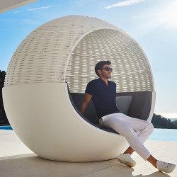 Moon Daybed   Cocoon furniture   Vondom
