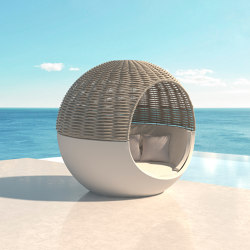 Moon Daybed | Cocoon furniture | Vondom