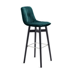 Leya | Barstool High with wooden frame | Bar stools | FREIFRAU MANUFAKTUR