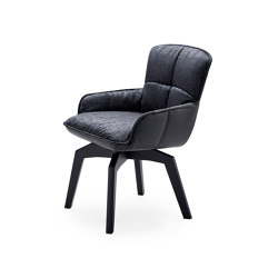 Marla | Armchair Low with wooden frame | Sillas | FREIFRAU MANUFAKTUR