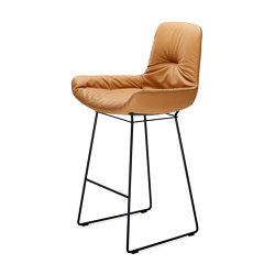 Leya | Counter Armchair Low with wire frame | Sillas de trabajo altas | FREIFRAU MANUFAKTUR