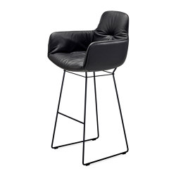 Leya | Bar Armchair High | Taburetes de bar | Freifrau Sitzmöbelmanufaktur