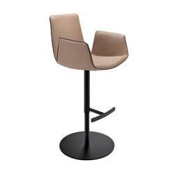 Amelie | Bar Armchair with column feet | Bar stools | FREIFRAU MANUFAKTUR