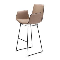 Amelie | Bar Armchair | Bar stools | Freifrau Sitzmöbelmanufaktur