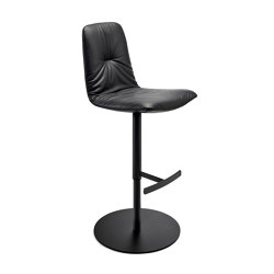 Leya | Bar Chair with column foot | Taburetes de bar | FREIFRAU MANUFAKTUR