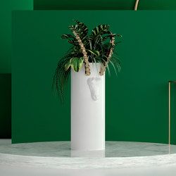 Cast Iron Planters | Bucardo | BU7.01 | Plant pots | YO2