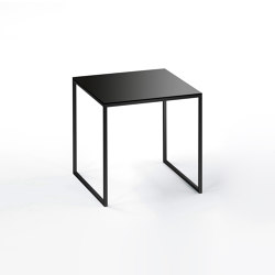 Less side table | H 22/2 schw-03 | Mesas de centro | Hans Hansen & The Hansen Family
