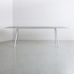 A.T.S | table | Tavoli pranzo | By interiors inc.