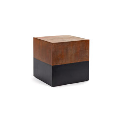 Antonino Side Table Bicubo | Side tables | Serax