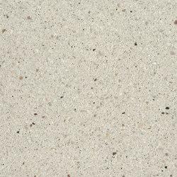 Boulevard Mineral white fine samtiert with CF 90 | Concrete panels | Metten