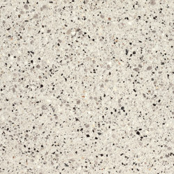 Boulevard Quartz grey fine samtiert with CF 90 | Concrete panels | Metten