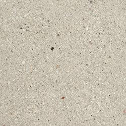 Boulevard Silk beige fine samtiert with CF 90 | Concrete panels | Metten