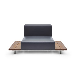 Walrus seat with 2 side tables with 80 cm wide seating | Poltrone | extremis
