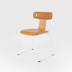 Moore | Chair | Stühle | Liqui Contracts