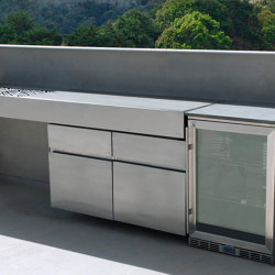 KRAKATOA CHARCOAL BBQ WITH FRDIGE | Fitted kitchens | Fesfoc