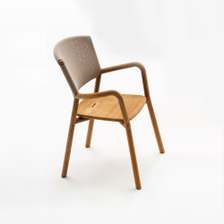 PIPER 061 armchair | Sillas | Roda
