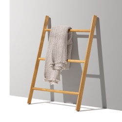 italic ladder | Coat racks | TEAM 7