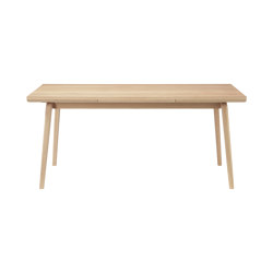 Åstrup | C65 Dining Table by Isabel Ahm | Dining tables | FDB Møbler