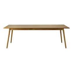 C35C Dining Table by Poul M. Volther   Dining tables   FDB Møbler
