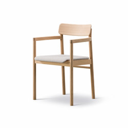Post Chair - Seat Upholstered | Stühle | Fredericia Furniture