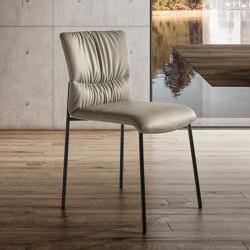 Chaise Woop - Panama leather 5508. Peltro steel frame. | Chaises | LAGO