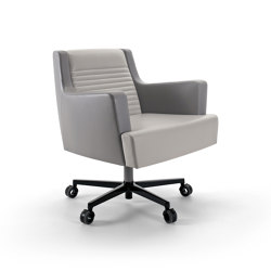 Black & More | Executive office chair | Bürodrehstühle | MALERBA