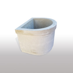 Fountains | dade CONCRETE FOUNTAIN PREMIUM SEMICIRCULAR | Fountains | Dade Design AG concrete works Beton