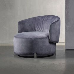 JANE armchair | Sessel | Piet Boon