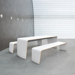 hoc | Tables and benches | Brunner