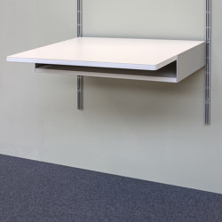 606 Universal Shelving System: Desk shelf | Desks | Vitsoe