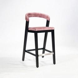 Play Barstool - Upholstered back - Oak dark | Bar stools | Wildspirit