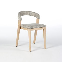 Play Chair Upholstered Back - Oak Natural | Sedie | Wildspirit