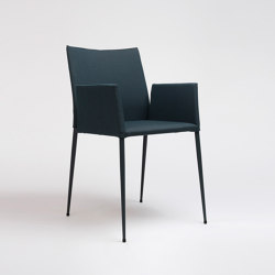 Moka Chair With Armrests | Chairs | ONDARRETA