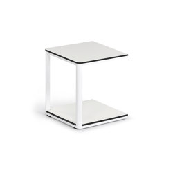 Minu Side Table 40 x 40, HPL | Tables d'appoint | Weishäupl
