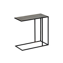 Leggero side table | Tables d'appoint | Lambert