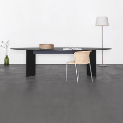 MONOtable | Dining tables | Sanktjohanser