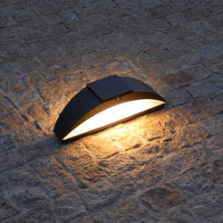 SOLAR pathway light | Trait de lune | Outdoor floor-mounted lights | LYX Luminaires
