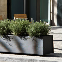 Tram | Plant pots | urbidermis SANTA & COLE