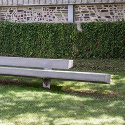 Trapecio Betonbank | Sitzbänke | URBIDERMIS SANTA & COLE