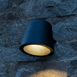 Tumbler wall application | Outdoor wall lights | URBIDERMIS SANTA & COLE