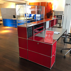 USM Haller Reception Station with Protection Screen | Ruby Red | Table dividers | USM