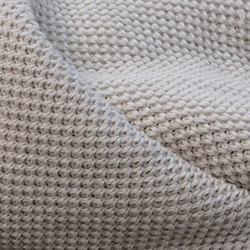 Helmi Wool | Plaids | IIIIK INTO Oy