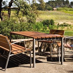 NeoRomántico Liviano Table | Dining tables | urbidermis SANTA & COLE
