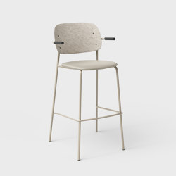 Hale PET Felt Bar Stool With Armrests Upholstered | Bar stools | De Vorm