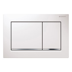 Actuator plates   Omega30 white, gloss chrome-plated   Flushes   Geberit