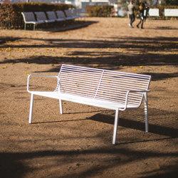 stack | Sofa mit Rückenlehne und Armlehnen | Sitzbänke | mmcité