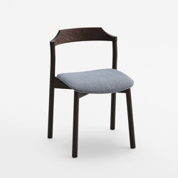 Yumi Stackable Chair 1.01.I | Chairs | Cantarutti