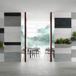 Brezza | Infinito 10 Vertical Pivot Door | Internal doors | Linvisibile
