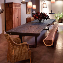 mary's design mood | Dining Table burnt black - suar | Mesas comedor | MARY&