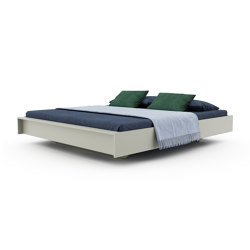 Flai bed lacquered in 20 standard colours | Beds | Müller small living